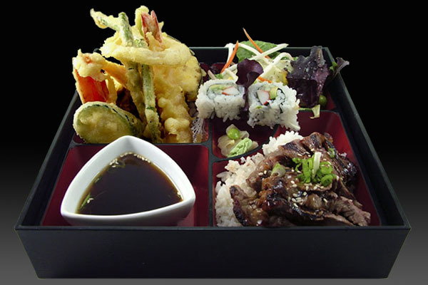 Tempura vegetables with prawn Bento Box, with Beef